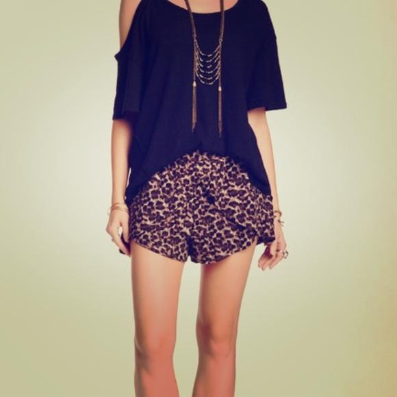 Free People Pants - Free People Leopard Cross Shorts Size M
